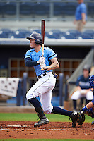 Charlotte Stone Crabs outfielder Granden Goetzman (6) at bat during a game against the Dunedin Blue Jays on July 26, 2015 at Charlotte Sports Park in Port Charlotte, Florida.  Charlotte defeated Dunedin 2-1 in ten innings.  (Mike Janes/Four Seam Images)