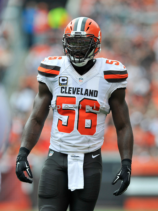 CLEVELAND, OH - JULY 18, 2016: Linebacker Demario Davis #56 of the Cleveland Browns stands on the field in the second quarter of a game against the Baltimore Ravens on July 18, 2016 at FirstEnergy Stadium in Cleveland, Ohio. Baltimore won 25-20. (Photo by: 2017 Nick Cammett/Diamond Images)  *** Local Caption *** Demario Davis(SPORTPICS)