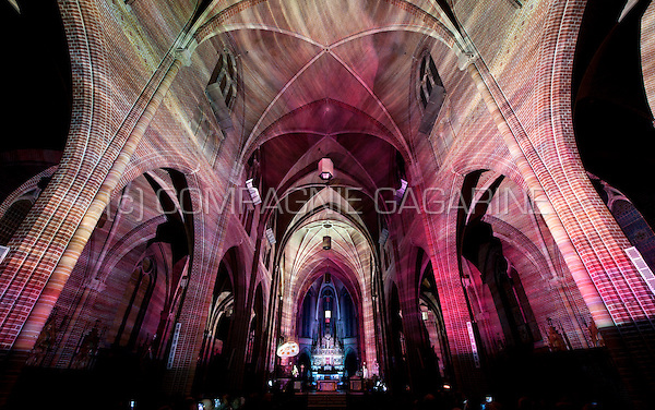 The Transcendent Flow installation from Casa Magica at the Glow Lightfestival in Eindhoven (Holland, 10/11/2014)