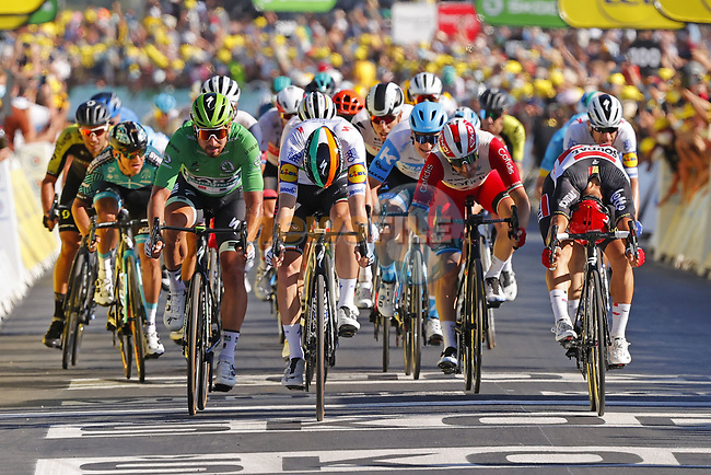 Irish Champion Sam Bennett (IRL) Deceuninck-Quick Step outsprints Caleb Ewan (AUS) Lotto-Soudal and Green Jersey Peter Sagan (SVK) Bora-Hansgrohe to win Stage 10 of Tour de France 2020, his maiden victory in the Tour, running 168.5km from Ile d'Oléron to Ile de Ré, France. 8th September 2020.<br /> Picture: Bora-Hansgrohe/BettiniPhoto   Cyclefile<br /> All photos usage must carry mandatory copyright credit (© Cyclefile   Bora-Hansgrohe/BettiniPhoto)