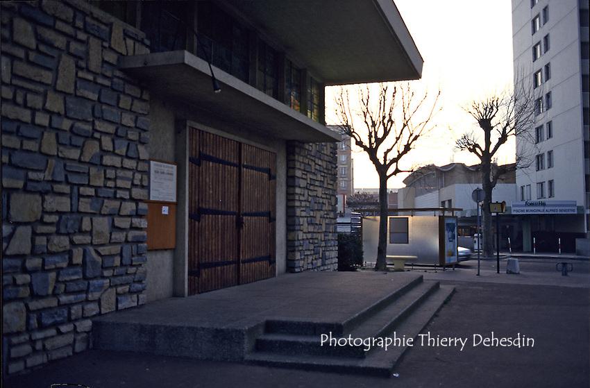 1989-1994; Issy Les Moulineaux;  Val de Seine
