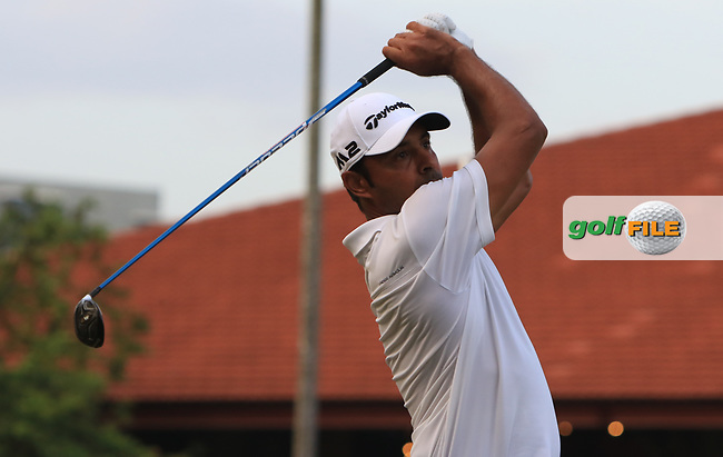 Jyoti Randhawa (IND) in action on the 3rd during Round 1 of the Maybank Championship at the Saujana Golf and Country Club in Kuala Lumpur on Thursday 1st February 2018.<br /> Picture:  Thos Caffrey / www.golffile.ie<br /> <br /> All photo usage must carry mandatory copyright credit (© Golffile | Thos Caffrey)