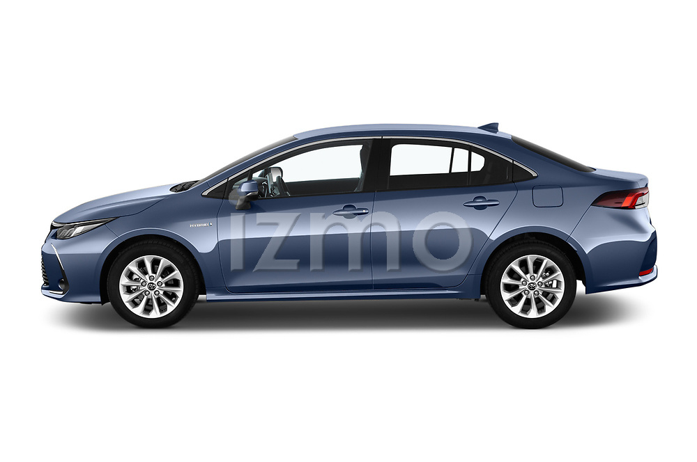 Car driver side profile view of a 2019 Toyota Corolla Dynamic 4 Door Sedan
