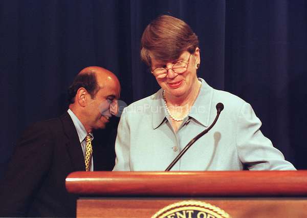 Washington, DC - June 7, 2000 -- Assistant Attorney General Joel Klein and Attorney General Janet Reno meet reporters at the Justice Department in Washington Wednesday, June 7, 2000, to discuss the Microsoft ruling.<br /> Credit: Ron Sachs / CNP /MediaPunch