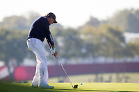 Phil Mickelson (Team USA) on the 9th during the Saturday morning Foursomes at the Ryder Cup, Hazeltine national Golf Club, Chaska, Minnesota, USA.  01/10/2016<br /> Picture: Golffile | Fran Caffrey<br /> <br /> <br /> All photo usage must carry mandatory copyright credit (&copy; Golffile | Fran Caffrey)