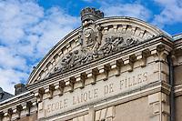 Europe/France/Aquitaine/47/Lot-et-Garonne/Tonneins: Fronton de l'école laïque