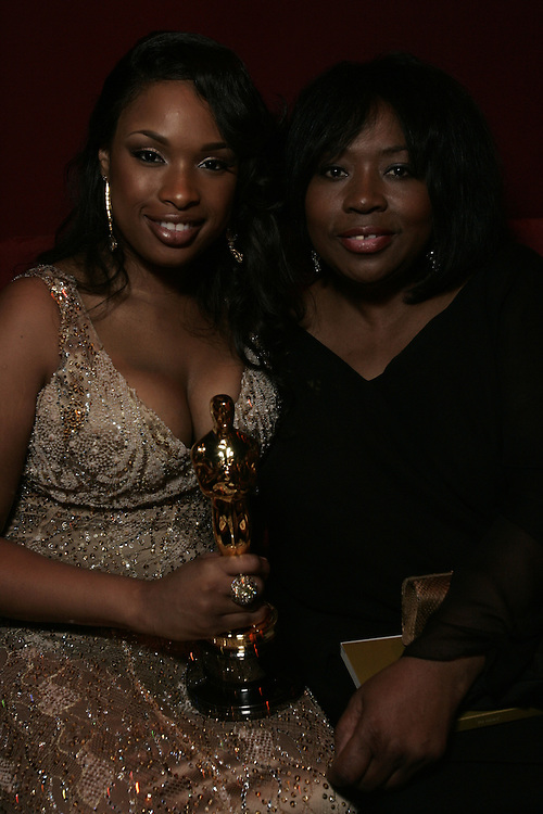 "Actress in a Supporting role winner Jennifer Hudson.Jennifer Hudson with mother Darnell Hudson Donerson.Actress in a Supporting role winner Jennifer Hudsen with mother Darnell Hudson during the Governors Ball after the 79th Annual Academy Awards presentations at the Hollywood area Kodak Theatre in Los Angeles, CA, 25 February 2007. Hudson won for her role in ""Dream Girls"" (Photo: Gerard Burkhart"