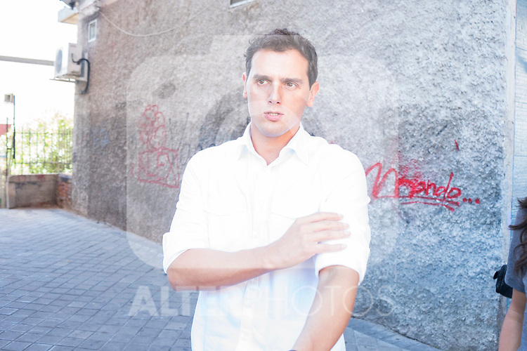 President of Ciudadanos, Albert Rivera, during the visit to neighbors affected by the squatting in Puente de Vallecas, Madrid. September 26, 2019. (ALTERPHOTOS/Francis González)