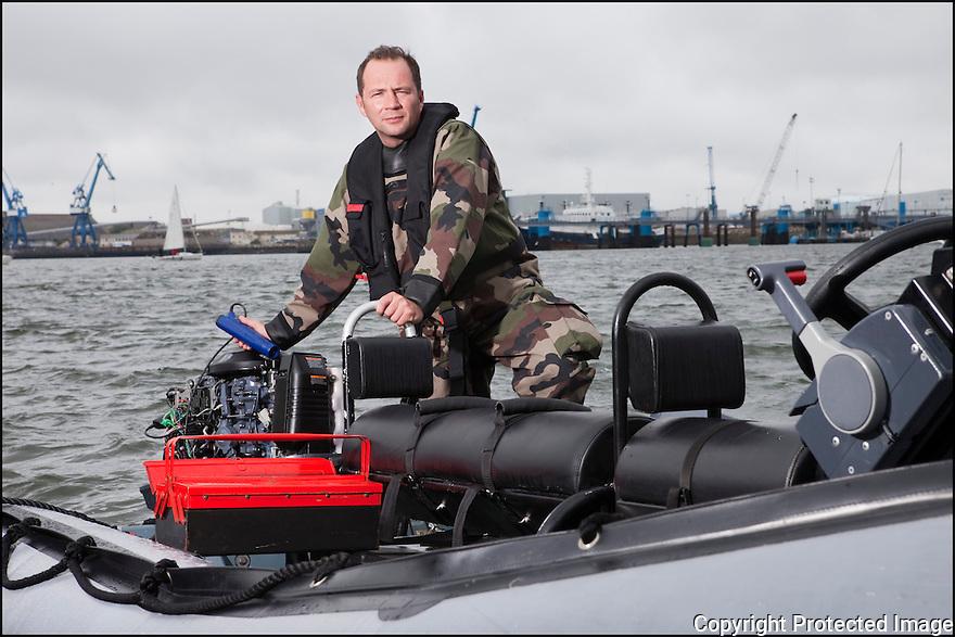 Juin 2010, Commandos Marine.<br /> PREMIER MA&Icirc;TRE DAVID LE BAUX,<br /> RESPONSABLE DU SECTEUR EMBARCATION L&Eacute;G&Egrave;RE.