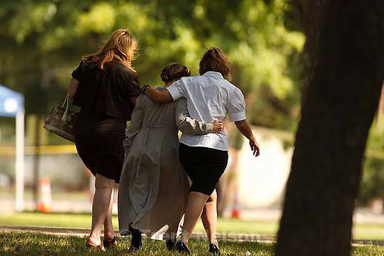 Eldorado - at the Schleicher County Courthouse Wednesday, June 25, 2008, where a grand jury met to hear evidence of possible crimes involving FLDS church members from the YFZ ranch. Laura Shockley, Andrea Sloan