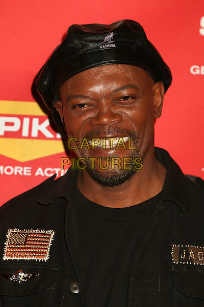 SAMUEL L. JACKSON.Spike TV's 2006 Video Game Awards at the Galen Center - Arrivals, Los Angeles, California, USA, 08 December 2006..portrait headshot black leather kangol cap hat .CAP/ADM/BP.©Byron Purvis/Admedia/Capital Pictures