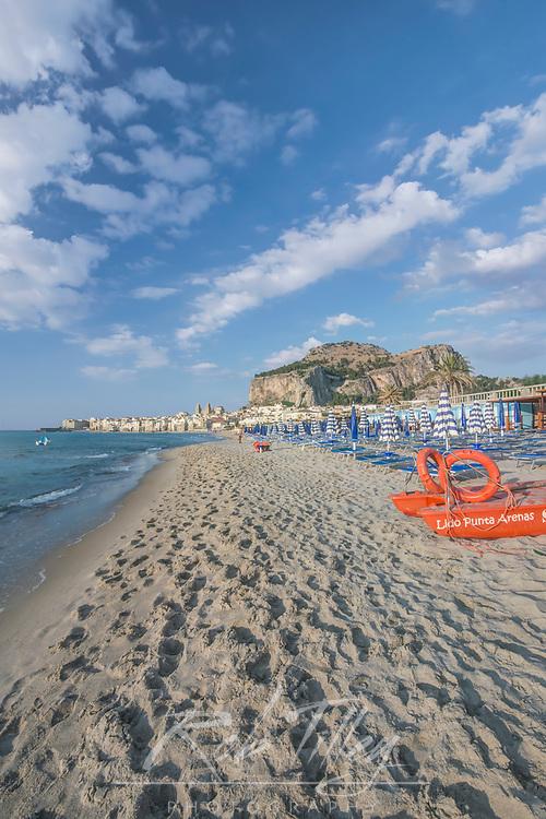 Europe, Italy, Sicily, Cefalu, Cefalu Beach