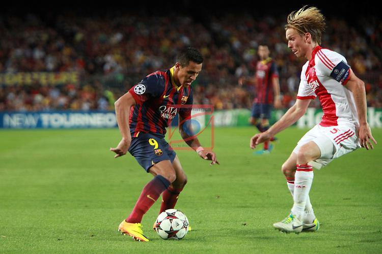 UEFA Champions League 2013/2014.<br /> FC Barcelona vs AFC Ajax: 4-0 - Game: 1.<br /> Alexis vs Poulsen.