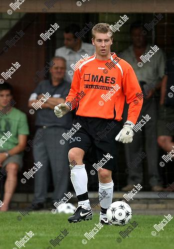 2009-07-22 / Voetbal / seizoen 2009-2010 / Witgoor Dessel / Frederic De Wilde..Foto: Maarten Straetemans (SMB)