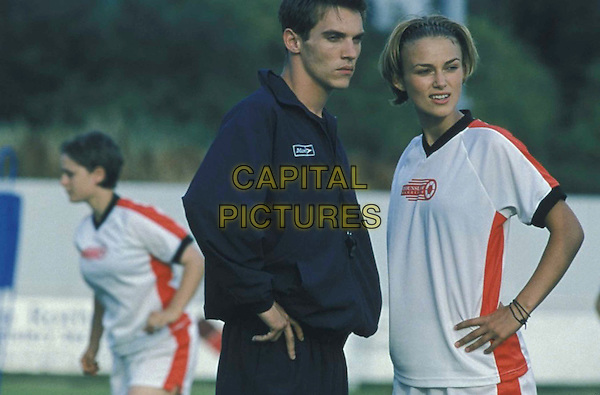 KEIRA KNIGHTLEY.JONATHAN RHYS-MEYERS.in Bend It Like Beckham.Filmstill - Editorial Use Only.Ref: FB.sales@capitalpictures.com.www.capitalpictures.com.Supplied by Capital Pictures.