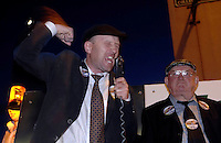 With fire in his belly, Cllr. Michael healy-Rae urges voters to back his father Jackie at a monster rally attended by over 1000 people in College Street, Killarney on Sunday night.<br />