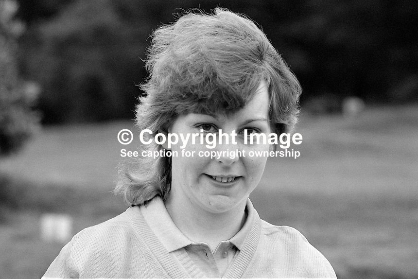 Elizabeth Lynn, amateur golfer, N Ireland, 19850803EL1..Copyright Image from Victor Patterson, 54 Dorchester Park, Belfast, UK, BT9 6RJ..Tel: +44 28 9066 1296.Mob: +44 7802 353836.Voicemail +44 20 8816 7153.Skype: victorpattersonbelfast.Email: victorpatterson@me.com.Email: victorpatterson@ireland.com (back-up)..IMPORTANT: If you wish to use this image or any other of my images please go to www.victorpatterson.com and click on the Terms & Conditions. Then contact me by email or phone with the reference number(s) of the image(s) concerned.