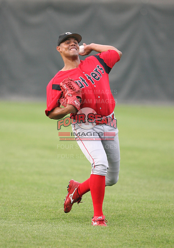 2007:  Sergio Escalona of the Williamsport Crosscutters, Class-A affiliate of the Philadelphia Phillies, during the New York-Penn League baseball season.  Photo By Mike Janes/Four Seam Images