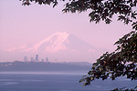 Mount Rainer, Seattle, Puget Sound, sunrise, Pacific Northwest, Washington State, USA,
