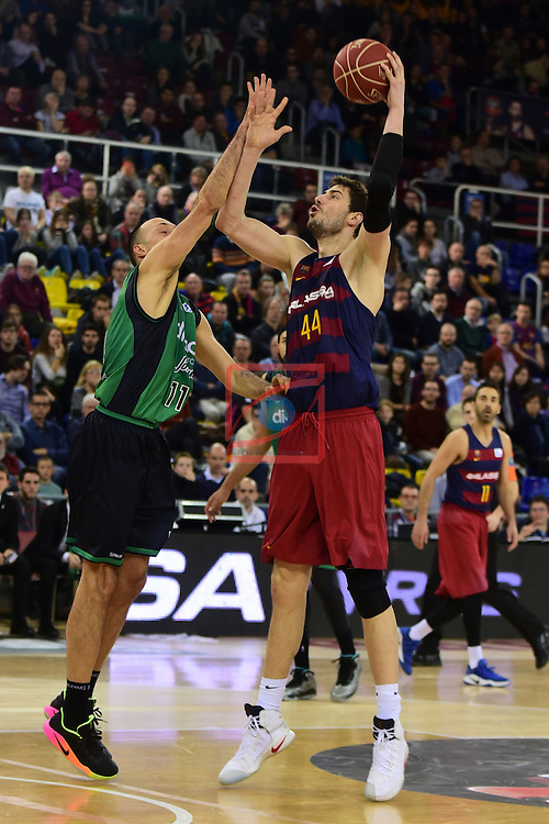League ACB-ENDESA 2016/2017 - Game: 13.<br /> FC Barcelona Lassa vs Divina seguros Joventut: 79-77.<br /> Bogdanovic vs Ante Tomic.