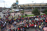 BOGOTA - COLOMBIA, 12-06-2019: Hinchas del Pasto previo al partido de vuelta entre Deportivo Pasto y Atletico Junior por la final de la Liga Águila I 2019 jugado en el estadio Nemesio Camacho El Campín de la ciudad de Bogotá. / Fans of Pasto prior a second leg match between Deportivo Pasto and Atletico Junior for the final of the Aguila League I 2019 at Nemesio Camacho El Campin stadium in Bogota city. Photo: VizzorImage / Felipe Caicedo / Staff