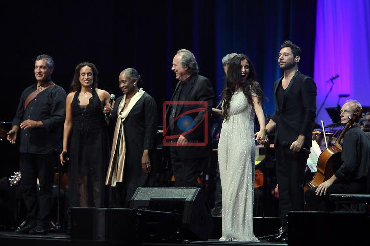 Concert contra l'Alzheimer.<br /> Joan Manuel Serrat, Silvia Perez Cruz, Barbara Hendricks, Noa &amp; Miguel Poveda.