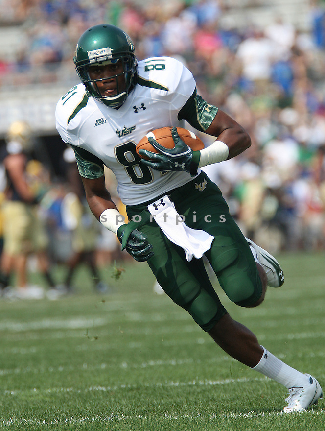 ANDRE DAVIS, of South Florida, in action during South Florida's game against the University of Notre Dame on September 3, 2011 at Notre Dame Stadium in South Bend, Indiana. South Florida beat Notre Dame 23-20.