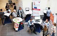 Nederland  Amsterdam  2017 01 25. Amsterdam Medisch Centrum ( AMC ) .   E-Health Avenue. Op deze Avenue wordt een interactief overzicht gegeven van de verschillende e-Health initiatieven door zorgmedewerkers. De Avenue bestaat uit de Allée van de Apps, de Weg van de Wearables,  de Gang van de Games, de Route van e-Health Research en het Pad van de Patiëntparticipatie.    Foto Berlinda van Dam / Hollandse Hoogte