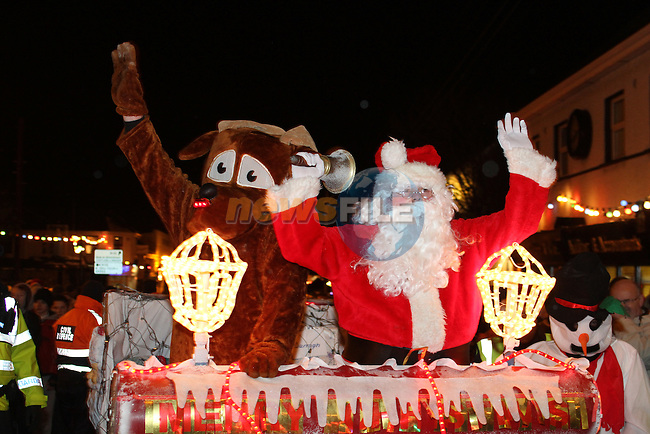 Arrival of Santa and the turning on of the Christmas Lights in Dunleer...(Photo credit should read Jenny Matthews www.newsfile.ie)....This Picture has been sent you under the conditions enclosed by:.Newsfile Ltd..The Studio,.Millmount Abbey,.Drogheda,.Co Meath..Ireland..Tel: +353(0)41-9871240.Fax: +353(0)41-9871260.GSM: +353(0)86-2500958.email: pictures@newsfile.ie.www.newsfile.ie.