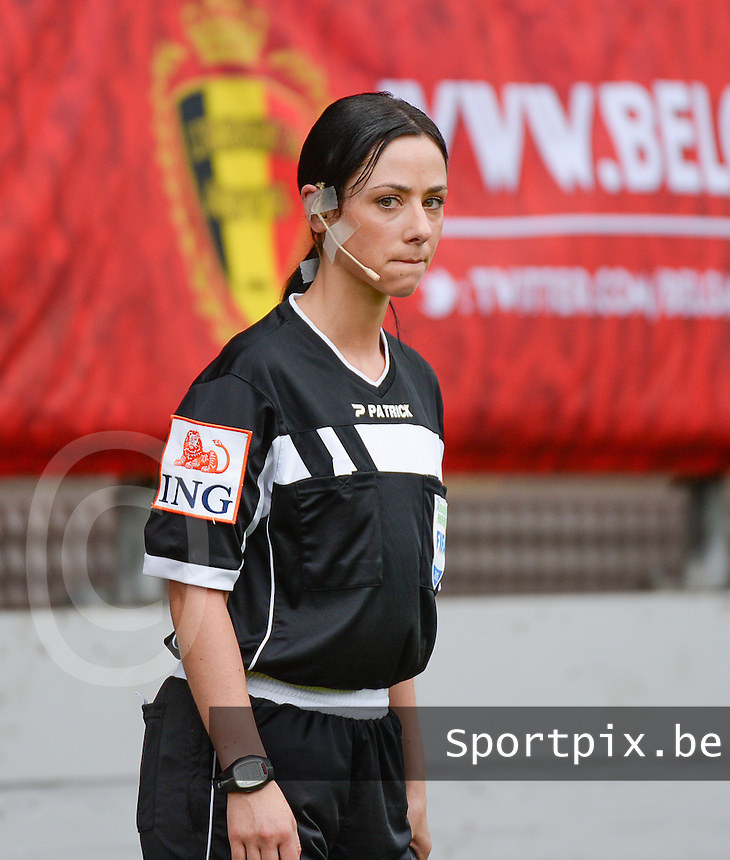 20150514 - BEVEREN , BELGIUM : Assistant referee Tina Tyteca  pictured during the final of Belgian cup, a soccer women game between SK Lierse Dames and Club Brugge Vrouwen , in stadion Freethiel Beveren , Thursday 14 th May 2015 . PHOTO DAVID CATRY