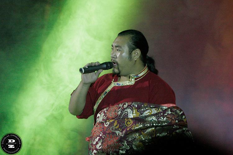 Tibetan singers perform traditional Tibetan songs at Hun Dao Er, a nightclub in Lhasa, Tibet.  Photograph by Douglas ZImmerman