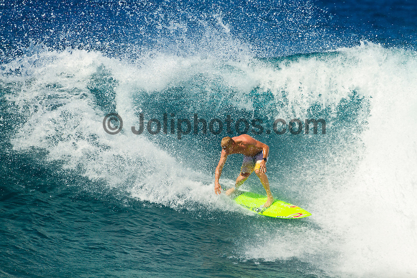 Haleiwa Hawaii, (Tuesday November 23, 2010)  Mick Fanning (AUS) putting a hybrid short board through it's paces at Off The Wall..Three to five foot west nor west swell with light variable winds were the conditions for today's sessions at Off The Wall and Backdoor..Photo: joliphotos.com.Three to five foot west nor west swell with light variable winds were the conditions for today's sessions at Off The Wall and Backdoor..Photo: joliphotos.com