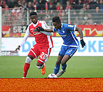 01.12.2018, Stadion an der Wuhlheide, Berlin, GER, 2.FBL, 1.FC UNION BERLIN  VS.SV Darmstadt 98, <br /> DFL  regulations prohibit any use of photographs as image sequences and/or quasi-video<br /> im Bild Suleiman Abdullahi (1.FC Union Berlin #20), Joevin Jones (Darmstadt #3)<br /> <br /> <br />      <br /> Foto &copy; nordphoto / Engler