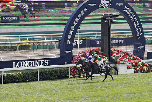 11.12.2016, Hong Kong,  CHINA.  Satono Crown (right) with Joao Moreira up wins the Hong Kong Vase. Sha tin racecourse.