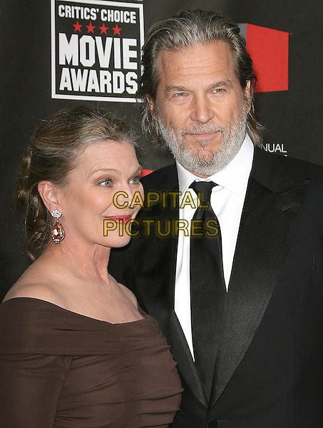 SUSAN GESTON & JEFF BRIDGES.at The16th Annual Critics' Choice Movie Awards held at The Hollywood Palladium in Hollywood, California, USA, January 14th, 2011..portrait headshot brown black suit tie beard facial hair couple husband wife.CAP/RKE/DVS.©DVS/RockinExposures/Capital Pictures.
