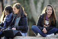 """Roma, 8 Marzo 2011.Piazza Vittorio.Manifestazione """"se non ora quando?""""per la dignità delle donne."""
