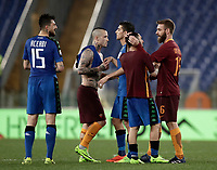 Calcio, Serie A: Roma, stadio Olimpico, 19 marzo, 2017<br /> Roma's players greet Sassuolo's players at the and of the Italian Serie A football match between Roma and Sassuolo at Rome's Olympic stadium, March 19, 2017<br /> UPDATE IMAGES PRESS/Isabella Bonotto