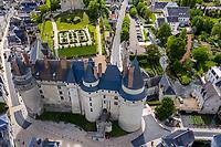 France, Indre-et-Loire, Langeais, château et jardin de langeais (vue aérienne)