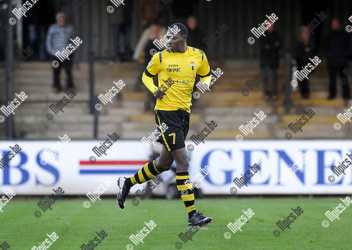 2013-11-02 / Voetbal / seizoen 2013-2014 / Berchem Sport / Jimmy Mulisa<br /><br />Foto: Mpics.be