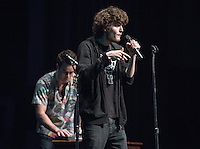 Eren Isvan '19 and Angus McDonald '16 perform. Occidental College students perform and compete during Apollo Night, one of Oxy's biggest talent showcases, on Friday, Feb. 26, 2016 in Thorne Hall. Sponsored by ASOC, hosted by the Black Student Alliance as part of Black History Month.<br /> (Photo by Marc Campos, Occidental College Photographer)