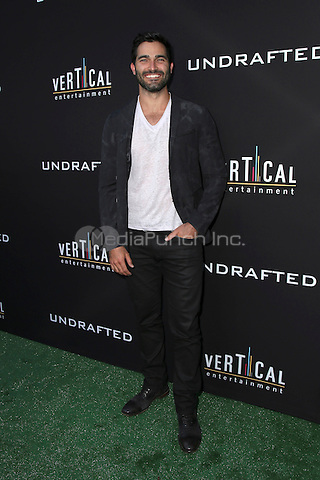 HOLLYWOOD, CA - JULY 11: Tyler Hoechlin at the premiere of Undrafted at the Arclight in Hollywood, California on July 11, 2016. Credit: David Edwards/MediaPunch