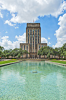 Houston City Hall on a nice summers day with the blue green water fountain in front of the building.  We had some nice clouds with blue skies so it was a good day to get a photograph in downtown.