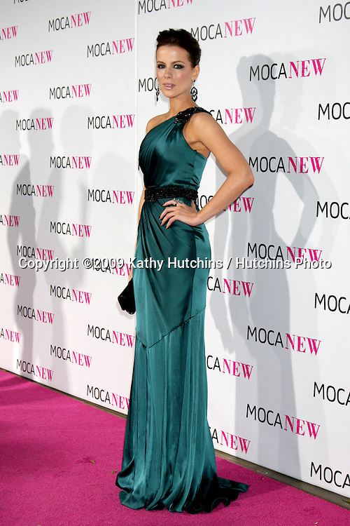 Kate Beckinsale.arriving at the Museum of Contemporary Art, Los Angeles 30th Anniversary Gala.MOCA Grand Avenue.Los Angeles,  CA.November 14, 2009.©2009 Kathy Hutchins / Hutchins Photo.