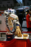 Squse Hand during a demonstration at the International Robot Exhibition in Tokyo on November 27, 2009. 200 robot companies and institutes exhibit their latest robot technologies during a four-day exhibition (photo Laurent Benchana/Nippon News).