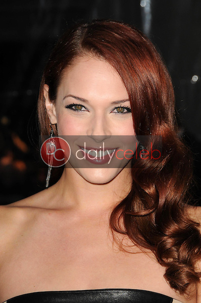 Amanda Righetti<br />