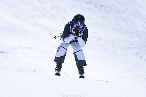 Takahiro Ishizuka (JPN), <br /> FEBRUARY 13, 2015 - Freestyle Skiing : <br /> 27th Winter Universiade Granada 2015 <br /> Men's Ski cross seeding <br /> at Sierra Nevada, Granada, Spain. <br /> (Photo by AFLO SPORT) [1220]