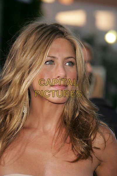 "JENNIFER ANISTON.""The Break Up"" Los Angeles Premiere held at the Mann Village Theater, Westwood, California, USA, .22 May 2006..portrait headshot.Ref: ADM/RE.www.capitalpictures.com.sales@capitalpictures.com.©Russ Elliot/AdMedia/Capital Pictures."