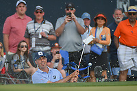 Matt Kuchar (USA) hits from the trap on 18 during round 4 of the Houston Open, Golf Club of Houston, Houston, Texas. 4/1/2018.<br /> Picture: Golffile | Ken Murray<br /> <br /> <br /> All photo usage must carry mandatory copyright credit (&copy; Golffile | Ken Murray)