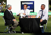 Sky's Simon Doull (centre) and Mark Richardson interview Sir Richard Hadlee (left) at tea during day one of the 3rd test between the New Zealand Black Caps and India at Allied Prime Basin Reserve, Wellington, New Zealand on Friday, 3 April 2009. Photo: Dave Lintott / lintottphoto.co.nz