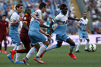 Calcio, Serie A: Lazio vs Roma. Roma, stadio Olimpico, 25 maggio 2015.<br /> Roma's Victor Ibarbo, second from left, fights for the ball against Lazio's Lucas Biglia, left, Miroslav Klose and Luis Pedro Cavanda, right, during the Italian Serie A football match between Lazio and Roma at Rome's Olympic stadium, 25 May 2015.<br /> UPDATE IMAGES PRESS/Isabella Bonotto